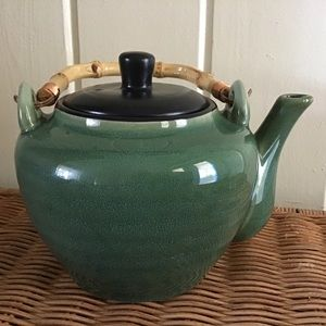 Oneida Mandalay Stoneware Teapot Lid Bamboo Handle
